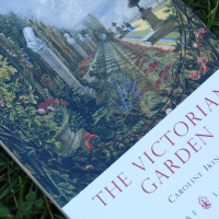 Victor Victorian: Garden Style Fit For A Queen