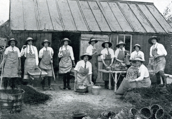 Breeches, boots, and aprons on the female students at Glynde School, 1910. Photo courtesy of The Garden Museum/London.